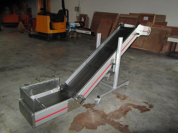 plast trade tapis roulant mass type ndz5 mat riels pour la plasturgie. Black Bedroom Furniture Sets. Home Design Ideas