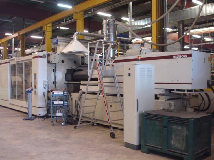 Presse à injecter NEGRI BOSSI 12000H15200 – 1200 T